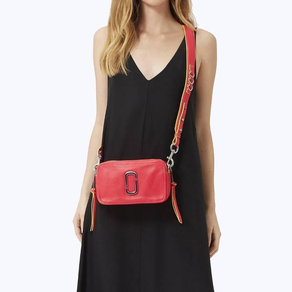 Marc Jacobs Handbags - Marc Jacobs The Softshot 21 Crossbody Camera Bag
